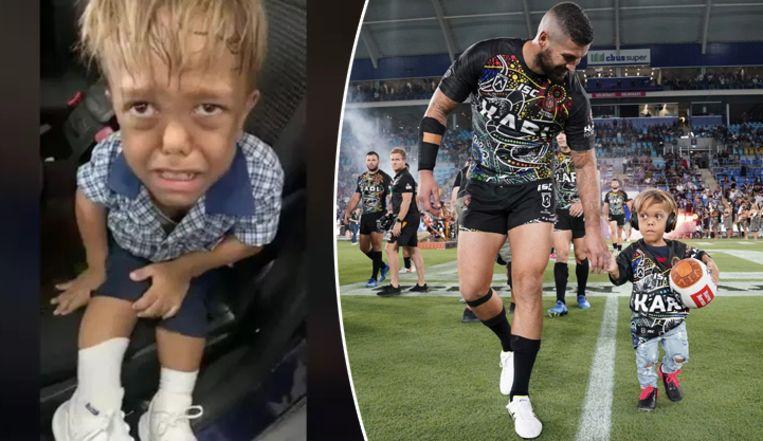 De ontroostbare Quaden in het filmpje dat zijn mama postte. Hij mocht afgelopen weekend met zijn favoriete rugbyteam Indigenous All Stars het veld op.