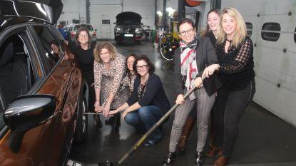 Vrouwen van Best Pittig Lede starten nieuw jaar met cursus Eerste Hulp Bij Autopech