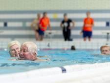 Strengere regels voor zwemmers in Almelo, maar bad blijft wel open