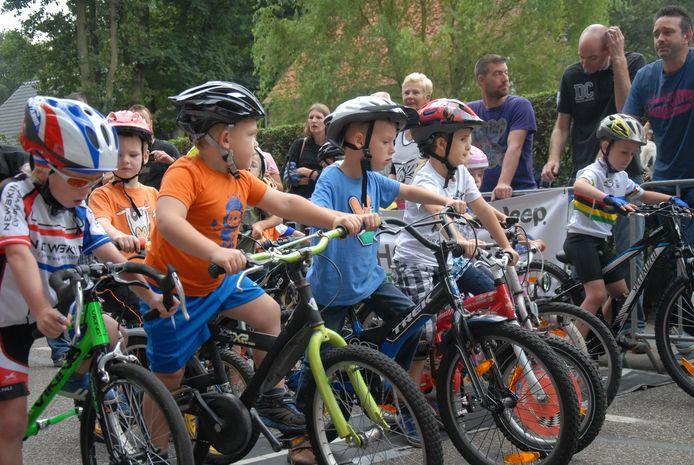 De Dikke Banden Races op Calfven maken onderdeel uit van een nationaal circuit. De beste jongens en meisjes worden uitgenodigd voor de landelijke finaledag tijdens de Tour de Dumoulin in Maastricht.