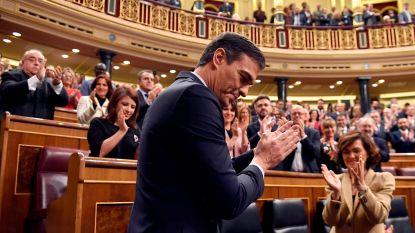 Spaanse premier Pedro Sanchez krijgt nipt vertrouwen van Spaans parlement, nieuwe regering kan aan de slag
