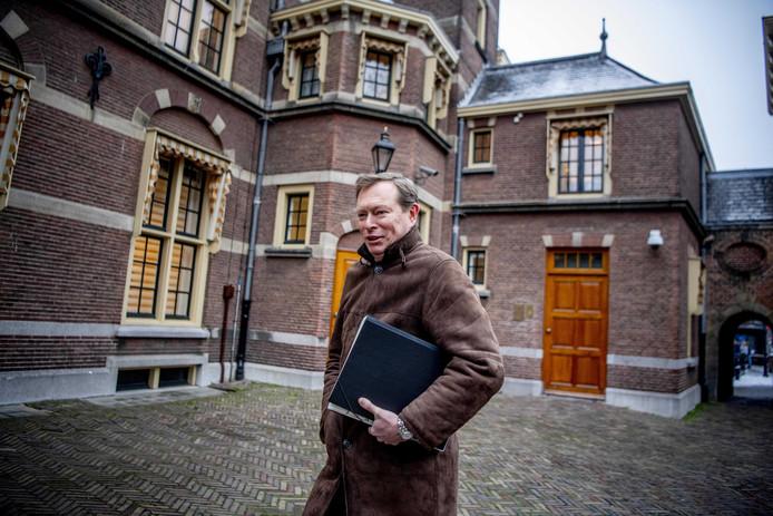 Minister Bruins praat woensdag met de vaste Kamercommissie over de ziekenhuissituatie in Flevoland.
