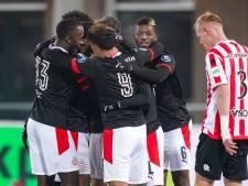 PSV wurmt zich in doelpuntenfestival op besneeuwd Kasteel voorbij Sparta
