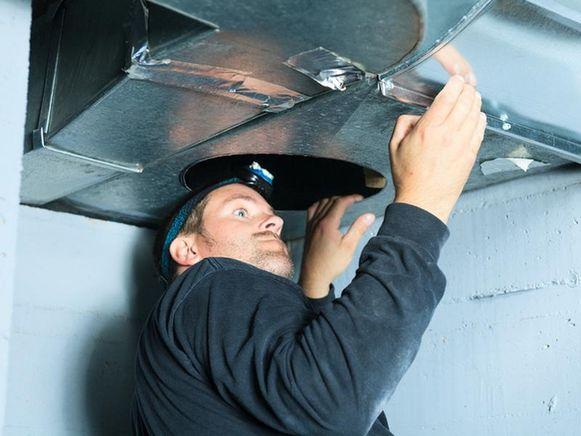 Wie zijn huis ventileert met een ventilatiesysteem kan op twee oren slapen. Dat blijkt uit een nieuwe studie van het WTCB.