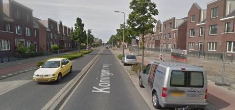 Scooterrijder gaat er als een speer vandoor na aanrijding; politie zoekt getuigen