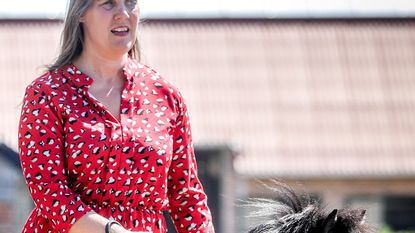 Slechtziende krijgt paard in plaats van hond als assistent