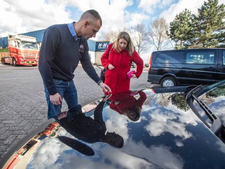 's-Gravenzande in de ban van autobekrasser: 'Dit is net zo zinloos als die bandenprikker'