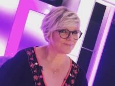 """""""Laminée"""" dans ONPC, Laurence Boccolini en """"pleure encore"""" 12 ans après"""