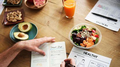 Vijf dingen die je niet mag doen als je met een dieet begint