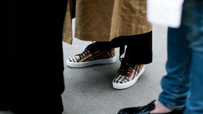 Van teenschoenen tot badslippers met heuptasje op: 3 nieuwe absurde schoenen