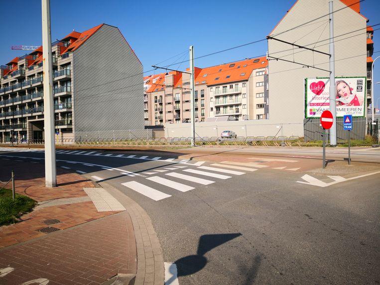 De Elisalaan in Nieuwpoort mag je niet inrijden van aan de kant van de Albert I-laan in Nieuwpoort