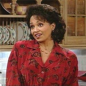 Daphne Reid, la 2e tante Vivian