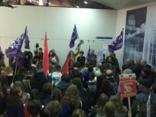 Rumoerig protest aan UGent: betogers eisen schorsing KVHV
