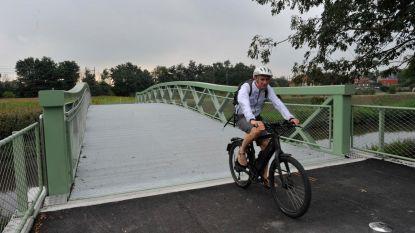 Twee fietsbruggen over Zenne officieel geopend
