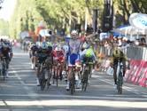 Sterke Démare wint Milaan-Turijn in massasprint, Van Poppel vijfde