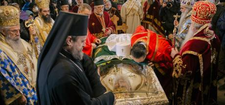 Corona houdt huis in top orthodoxe kerk, de ene na de andere hoge geestelijke overlijdt