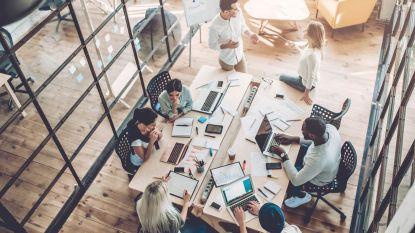 'Ga niet altijd zelf met de eer lopen' en nog 4 manieren om dit jaar een betere collega te worden