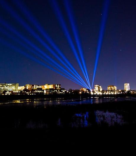 Jeroen Bosch Ziekenhuis in de spotlights met lichtshow: 'Dat verdienen ze'