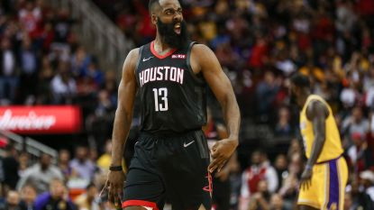 James Harden loodst Houston Rockets met 'triple-double' voorbij LA Lakers