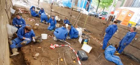 Armbandje om pols kind gevonden in eeuwenoud Arnhems grafveld