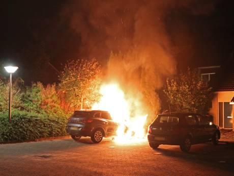 Man (53) uit Emmeloord vrijgesproken van brandstichting bij auto buurman