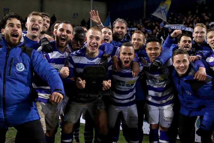 De Graafschap viert feest na het veroveren van de derde periodetitel.