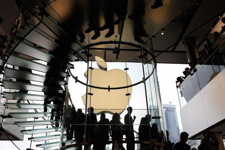 De glazen trappen in de Applewinkel in Hong Kong. © AFP Beeld