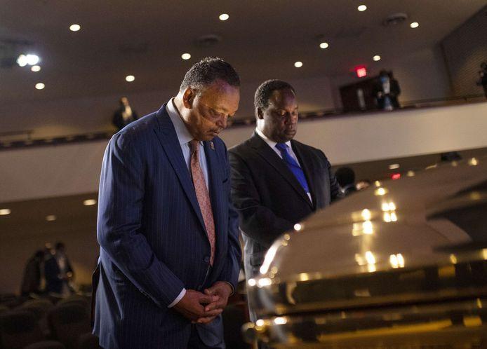 Dominee Jesse Jackson was op 4 juni aanwezig bij de begrafenis van George Floyd, de zwarte Amerikaan die stierf door politiegeweld. (1/2)