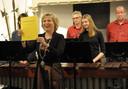 Jetten op de nieuwjaarsreceptie in Sluis met een speciaal voor haar gecomponeerd muziekstuk.