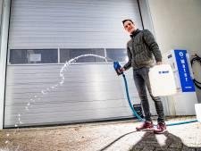 Schoonmaken? Even superschoon water tanken bij Rick