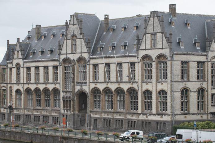 De 85-jarige vrouw moest zich verantwoorden in de politierechtbank in Oudenaarde.