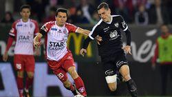 Moeskroen wint na doelpuntrijke wedstrijd van Eupen