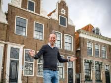 Horecaman Alko Tolner uit Blokzijl dicht, schrijft en spreekt op groot event tot intieme uitvaart