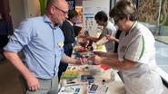 Honderden vingerprikken om diabetes op te sporen