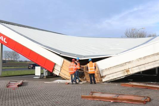 Het ingestorte dak.