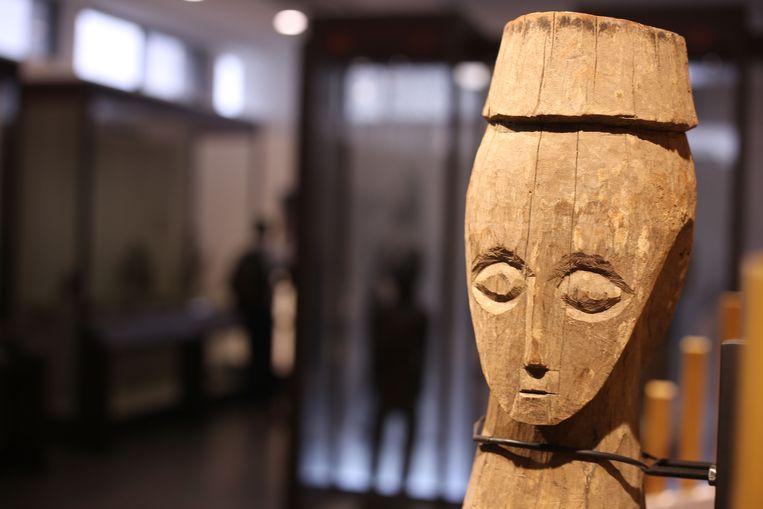 Een masker in het nationaal museum in Kinshasa.
