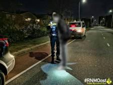 Dronken automobilist scheurt over Ketensedijk