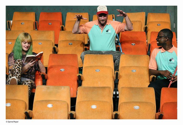 scene uit Cinema van Toneelgroep Oostpool en Het Nationale Theater Beeld Sanne Peper