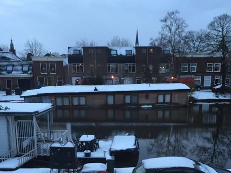 Woonboot in Gouda maakt water