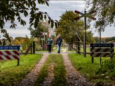 Afsluiten spoorovergangen Diepenveen: politiek roert zich en wil af van impasse