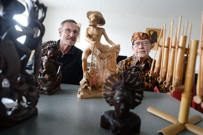 Joep Böllermann (L)samen met zijn vriend Jerry Jacquet de Indische gemeenschap van de jaren 50-60 in Goor in kaart. Waarom? Ôhet zou zonde zijn als straks niemand het zich meer herinnert.