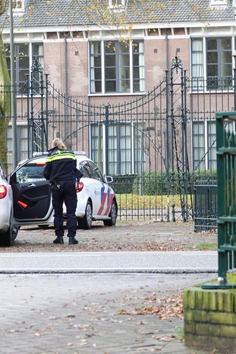 Twee medewerkers psychiatrisch centrum Veldzicht Balkbrug gewond bij steekpartij
