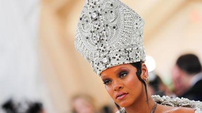 IN BEELD: het extravagante MET-gala, en Rihanna steelt de show