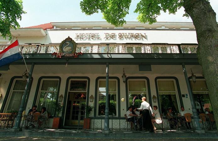 Hotel De Swaen in vroeger dagen.