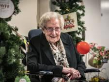 Marie (105) houdt zichzelf scherp met de vragen van Eén tegen 100