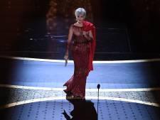 """Jane Fonda recycle une robe déjà portée à Cannes: """"Je n'achète plus de vêtements neufs"""""""