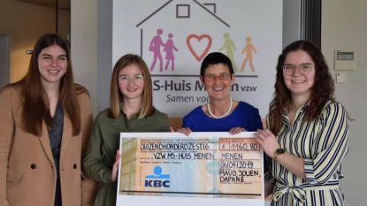 Drie leerlingen Immaculata Ieper schenken 1.160 euro aan MS-huis Menen