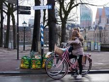 Kunt u mij de weg naar de Haagse Markt vertellen?