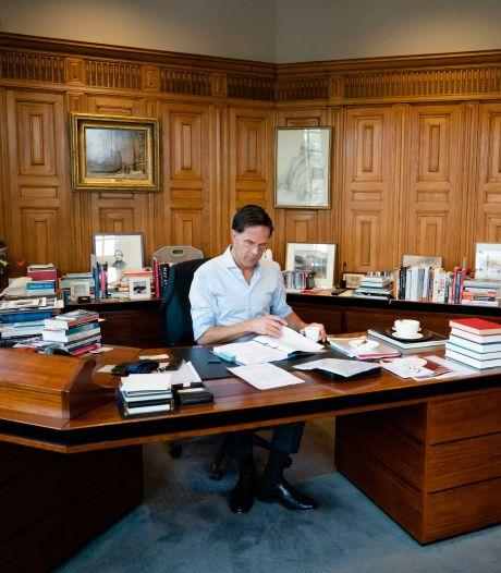 Het Torentje: wat doet Nijntje in de werkkamer van onze premier?