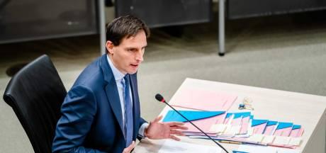 Rutte en Hoekstra onder ede: 'Zonder doorvragen Kamer en media hadden we hier niet gezeten'